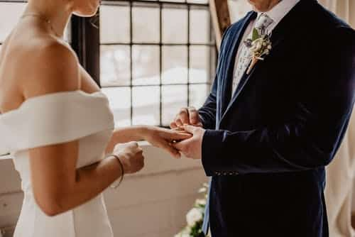 Tips To Finding The Best Wedding Officiant
